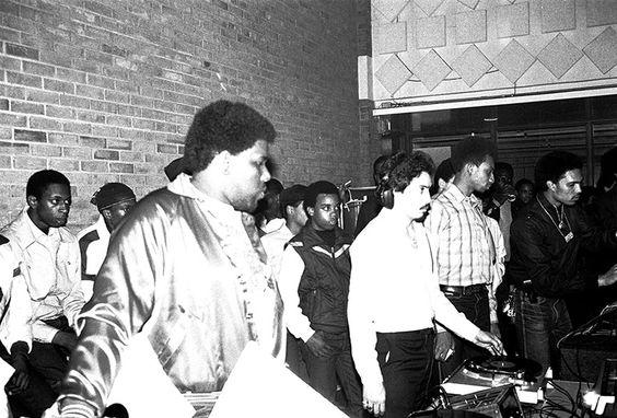 5 lições que todo DJ deve saber - Saiba quem toca